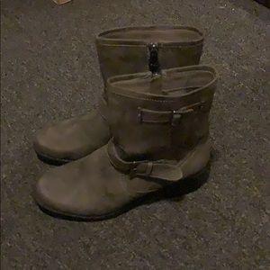 Anne klein boots